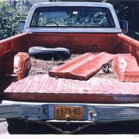 CHEVY TAILGATE|1983|11X16-1:4|W:C